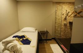 プロンポンのマッサージ店Relax Room/リラックスルーム